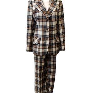 Vintage Highland Queen Wool Pantsuit Plaid Brown Tan